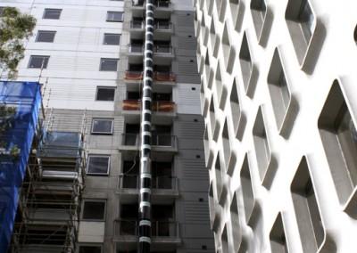 Aussie_builders_chute_highrise_construction_0313